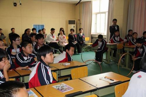 人口文化进校园_海子沿乡努力提高人口文化进校园活动进校活动
