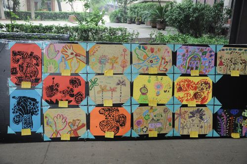 丑小鸭双语幼儿园美术作品展图片